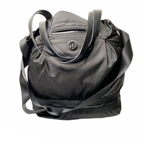 Lululemon Enlighten and Expand Black Tote